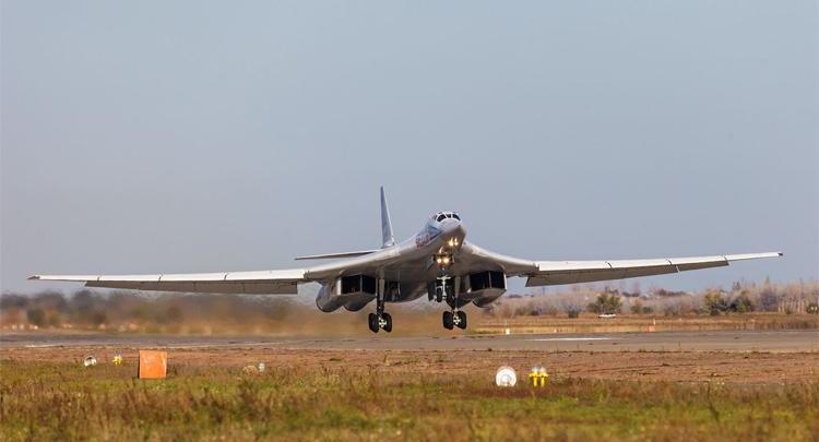 Энгельсские бомбардировщики примут участие в авиационном параде Победы в Москве