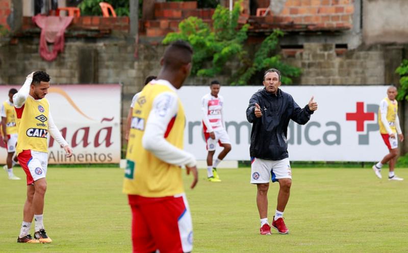 Rosariense Claudinho está no comando interino do Bahia 082e941789bc5