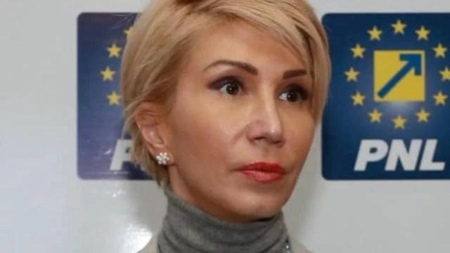 """raluca-turcan-dezvaluie-ce-s-a-discutat-la-negocieri:-""""a-fost-convenita…"""""""