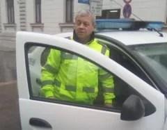 ancheta-la-politia-locala-oradea,-dupa-ce-un-politist-aflat-in-timpul-serviciului-a-fost-fotografiat-fara-masca-de-protectie