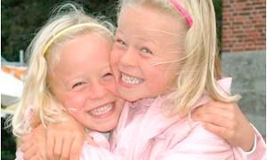 Vizinhos de Útero promove reencontro de gêmeos desaparecidos