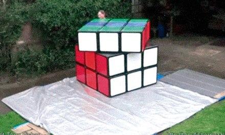 O maior cubo mágico do mundo