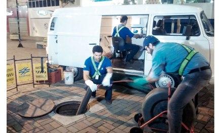 Sanepar investe em equipamentos para inspeção de rede de esgoto sem necessidade de quebrá-la