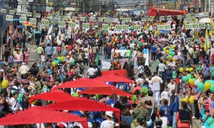 Desfile do Pinheirinho é neste domingo dia 3