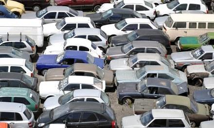Detran-PR vai leiloar 450 veículos
