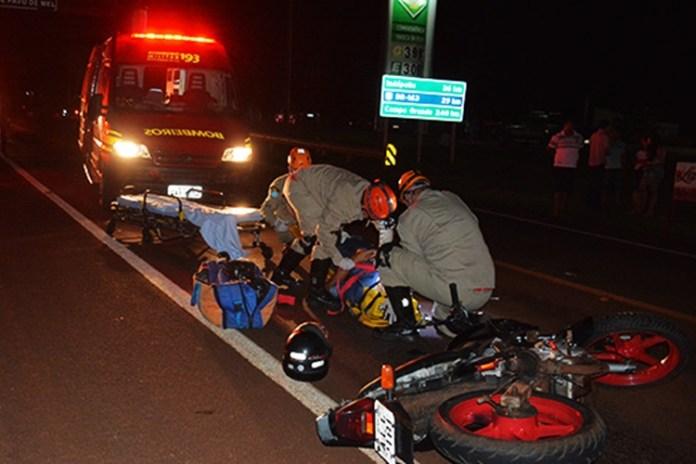 Motociclista ficou ferido. Foto: Washington Lima/Fátima em Dia/Reprodução