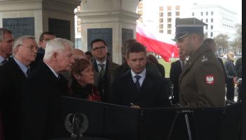 Przy Grobie Nieznanego Żołnierza - w głębi Marin Grządka