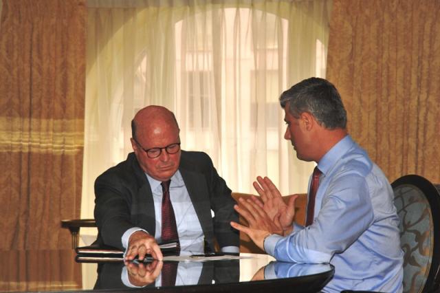 Frank Wisner dhe Hashim Thaçi | Foto: Qeveria e Kosovës