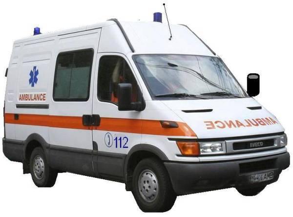 PLOIEŞTI/Pieton lovit de o ambulanţă pe Bulevardul Republicii