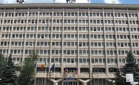 Război în Consiliul Local Ploieşti. Primarul Bădescu şi consilierii ACL se acuză reciproc de iresponsabilitate