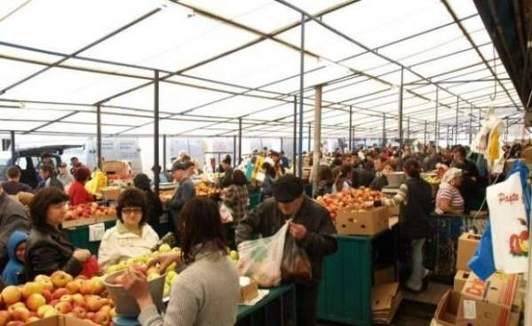 """PNL Ploieşti: """"Există rezolvări rapide pentru grava problemă a închiderii Pieței Centrale"""""""