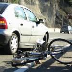 Biciclist lovit de un TIR la Izvoarele