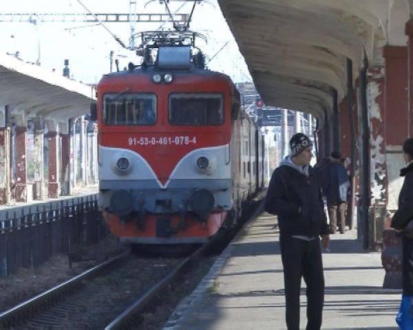 Femeie călcată de tren la gara Ploieşti Vest