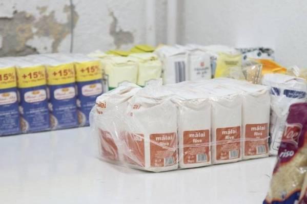 Începe distribuirea de ajutoare alimentare în Prahova
