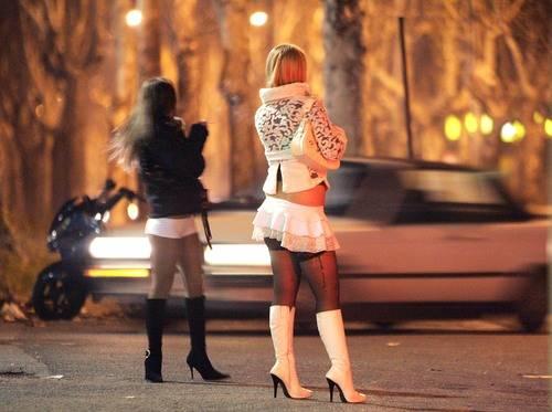Prins când se distra cu o prostituată în Pădurea Păuleşti