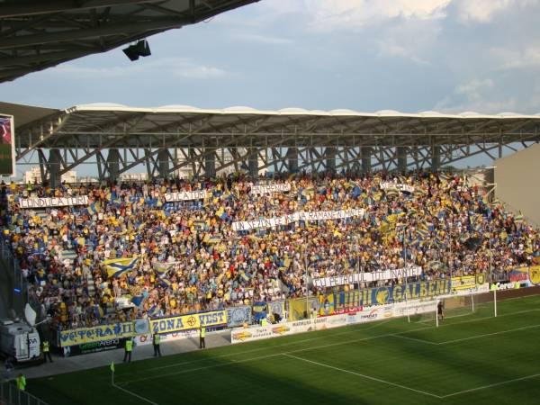 Astra şi Petrolul au terminat campionatul cu două înfrângeri la scoruri de forfait!