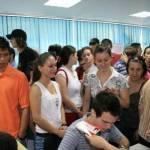 Proaspeţii absolvenţi, invitaţi la AJOFM