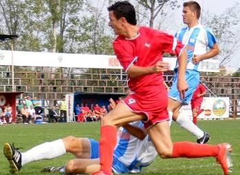 Echipele prahovene din Liga a III-a de fotbal bifează meciurile pentru că aşa trebuie să fie!