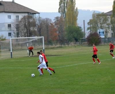 Derbiul Ligii A Prahova se apropie şi lupta la vârf continuă la baionetă