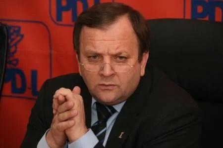 ŞOC pentru PDL : partidul nu va avea decât UN SINGUR preşedinte de CJ la nivel naţional