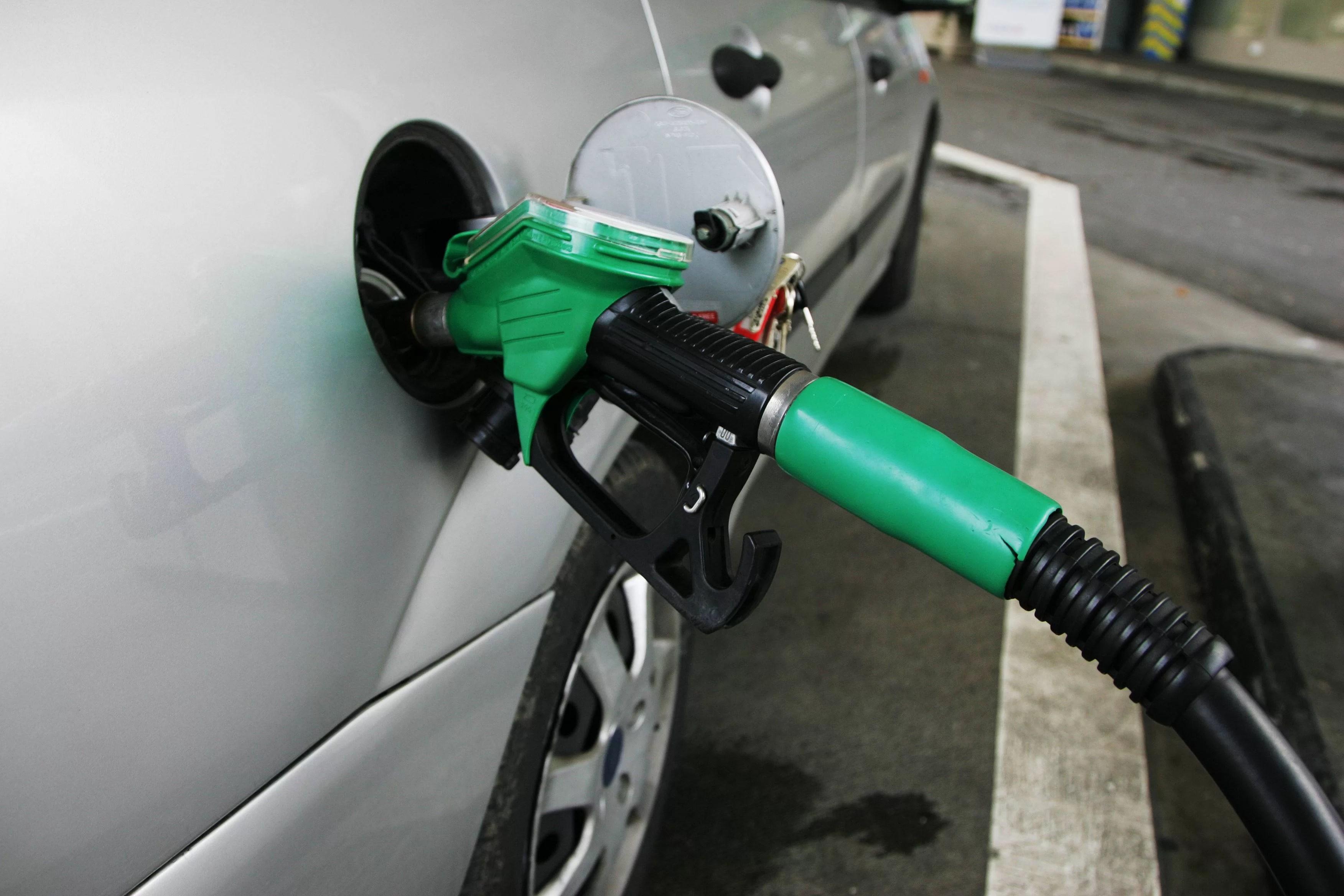 Care sunt motivele reale ale scumpirii benzinei ?