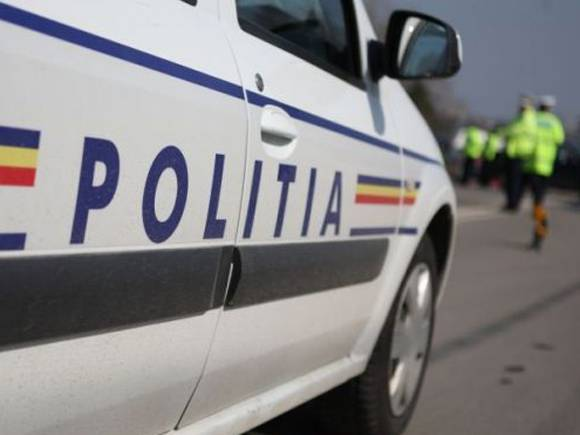 Ce surpriză au avut poliţiştii din Băneşti când au verificat o maşină oprită în trafic