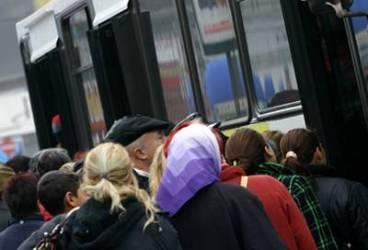 Preţul abonamentului pe toate traseele 108 lei, dublu la Ploieşti faţă de Bucureşti. Propunerea TCE
