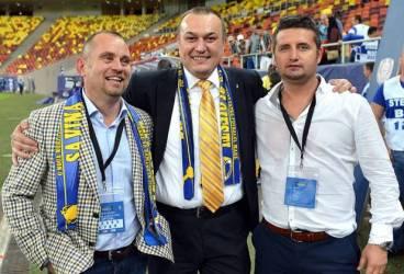 Săptămânalul FANATIK îi acuză pe conducătorii Petrolului că au golit conturile clubului și au generat disensiuni între antrenor și unii dintre jucători!