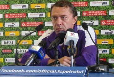 Laurențiu Roșu i-a ținut locul la conferința de presă a Petrolului, de dinaintea meciului cu Săgeata, suspendatului Cosmin Contra