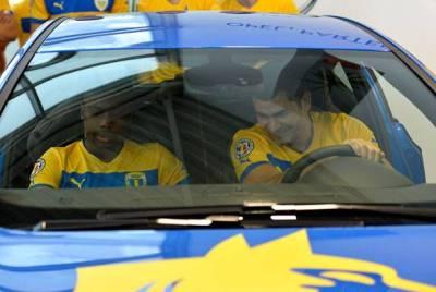 Bornescu_si_Mustivar_in_masina_Opel_fcpetrolul.ro