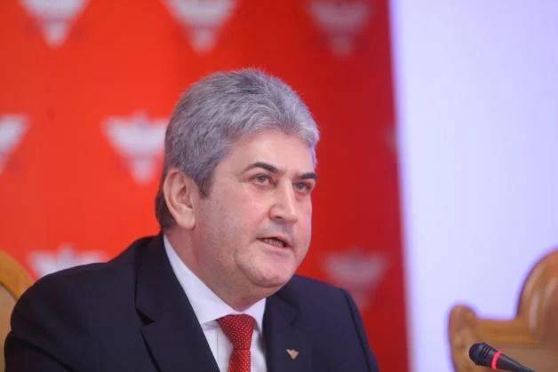 Gabriel Oprea a demisionat de la conducerea UNPR