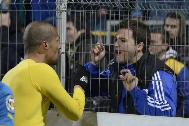 """Scandal pe """"Ilie Oană"""", la antrenamentul de refacere de după returul semifinalei cu Astra: fanii au venit să le ceară socoteală favoriților!"""