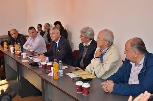 Preşedinţii Consiliilor Judeţene Prahova şi Dâmboviţa în şedinţă la Filipeştii de Pădure