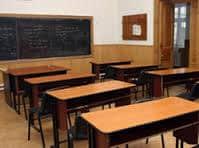 Părinții pot decide dacă îşi trimit sau nu copiii luni la cursuri