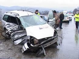 Şoferul care a distrus două maşini şi un chioşc în Valea Călugărească a fost prins