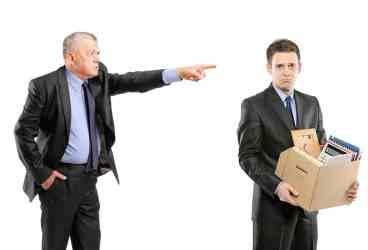 Ai fost concediat? Ai dreptul să conteşti decizia angajatorului