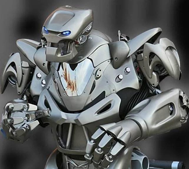 Titan The Robot  vine în Ploieşti Shopping City