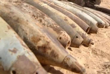 Zeci de proiectile găsite la Băicoi de muncitorii care lucrează la canalizare