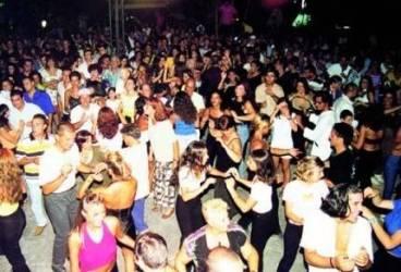 Cluburi de noapte verificate de polițiștii din Vălenii de Munte