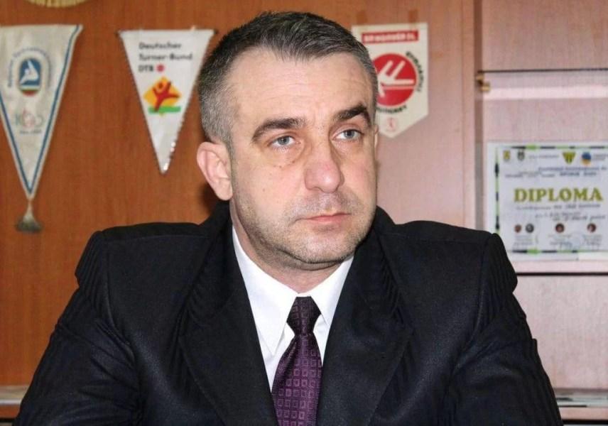 Eșecurile rușinoase ale echipelor de handbal de la CSM Ploiești s-ar putea lăsa cu… mâna băgată adânc în buzunar de sportivi!