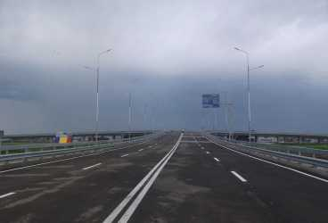 Se deschide traficul pe giratoriul suspendat