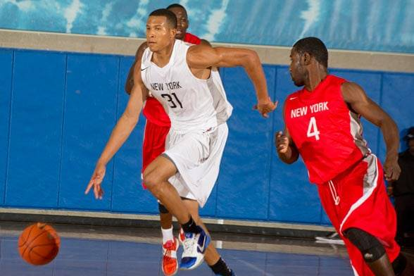 Chiar că ziua și transferul la CSM Ploiești: a fost semnat americano-jamaicanul Kyle Hunt. A fost aproape de NBA!