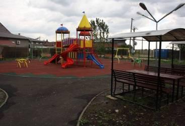 Păuleşti. Parc de joacă şi relaxare în satul Găgeni