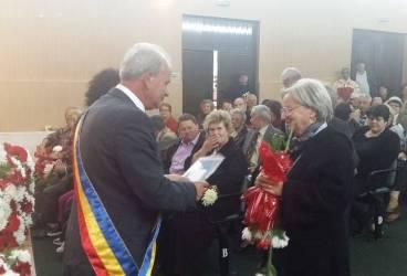 Premii pentru cele mai longevive cupluri din Vălenii de Munte
