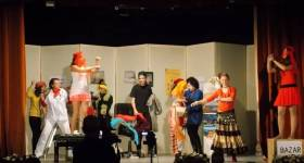"""Buşteni. Trupa de Teatru Satiric """"Zamora"""" – reprezentaţie la Centrul Cultural """"Aurel Stroe"""""""
