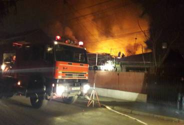 Incendiu puternic pe strada Moţilor din Ploieşti