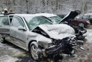 Şase răniţi într-un accident produs la Drajna