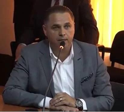 """Marius Constantin, primarul oraşului Băicoi: """"Nu e corect ca Primăria să fie singura care trebuie să răspundă de închiderea gropii de gunoi"""""""