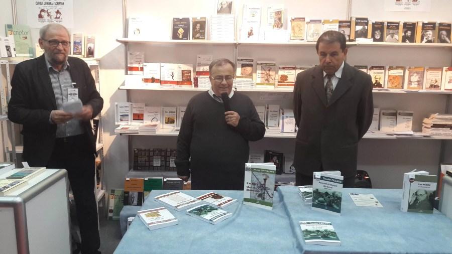 """Lansare de carte a ploieştenilor Constantin Dobrescu şi Traian D. Lazăr la Târgul de carte """"Gaudeamus"""""""