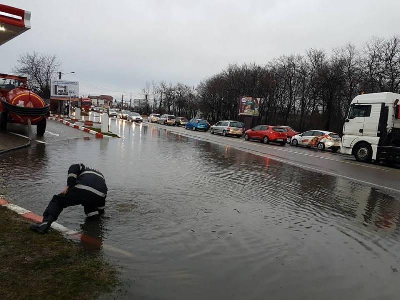 Cetăţenii din Bărcăneşti, scutiţi de jumătate din impozit pe imobilele afectate de inundaţii